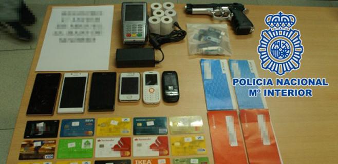 La Policía detiene a 4 personas en Palma por estafa con tarjetas de crédito