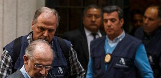 Rodrigo Rato vuelve a su casa tras el registro de su despacho