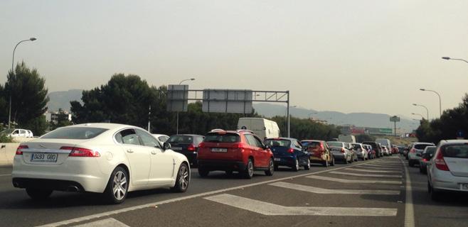 El tráfico se normaliza en la carretera de Valldemossa tras el caos de hoy