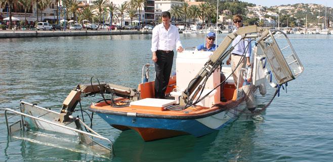 33 embarcaciones se encargarán de limpiar el litoral balear este verano