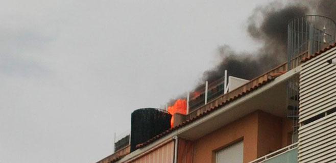Dos heridos en un incendio en Son Rullán