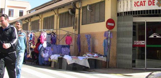 Los comercios turísticos critican a Cort por fomentar los mercadillos y ferias