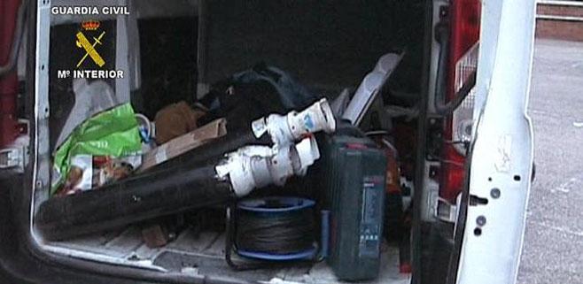 Desmantelada una banda con más de 100 robos en vehículos de empresa