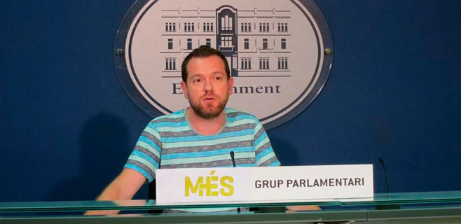 Abril advierte que un Govern no tripartito es