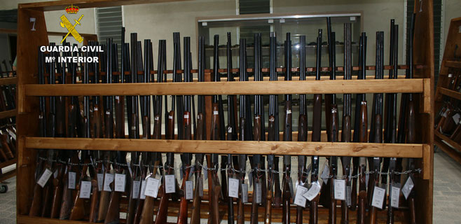 La Benemérita subasta armas en la isla