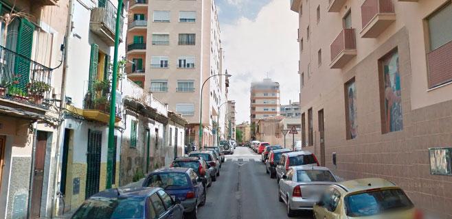 Herida grave una mujer de 33 años al caer de un segundo piso en Palma