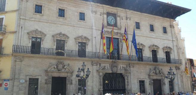 9 de cada 10 ayuntamientos de Balears rindieron en plazo sus cuentas de 2013