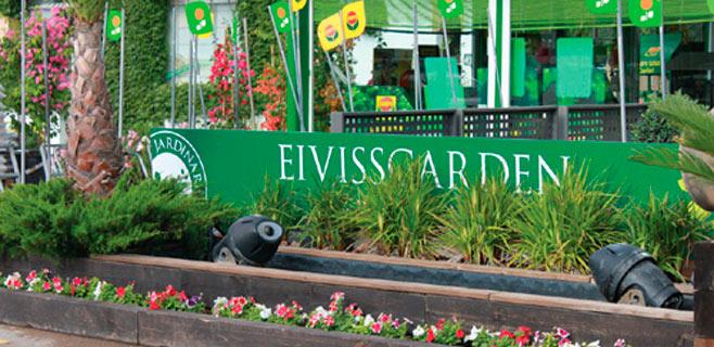 Un incendio calcina los invernaderos de Eiviss Garden