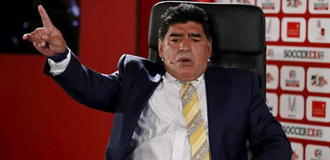 Maradona acusa a Platini de haber