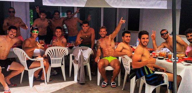 Marco Asensio se despide con comilona y piscina