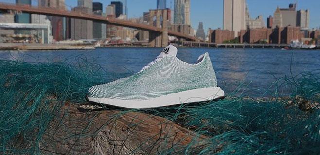 Adidas saca a la venta unas zapatillas hechas con basura del mar