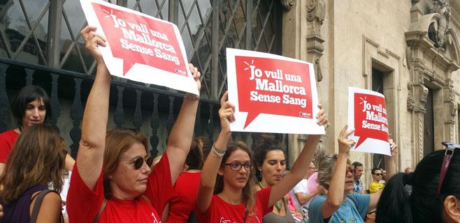 Los antitaurinos piden que Balears sea declarada comunidad libre de toros