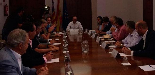 Barceló dice que habrá ecotasa esta legislatura