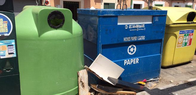 EMAYA limpia a medias la calle Bisbe Maura de Palma