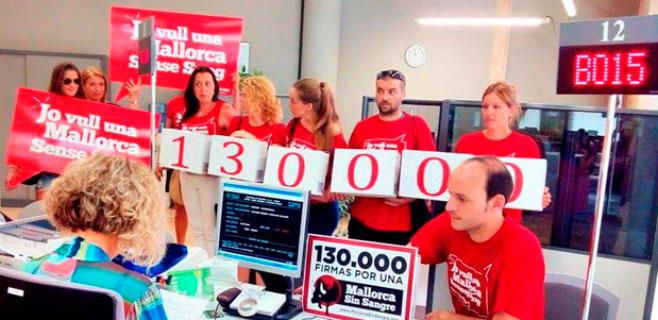 130.000 firmas contra la tauromaquia