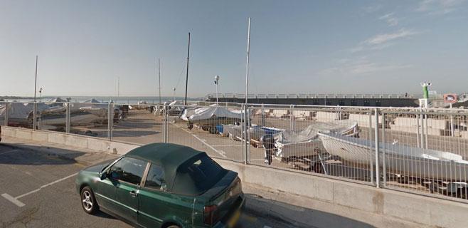 Arde una barca en el Portixol y afecta a otras dos embarcaciones contiguas