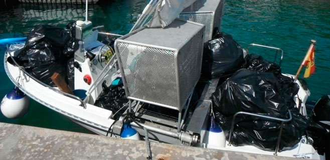 El servicio de limpieza del litoral recogió 27,2 toneladas de residuos en julio