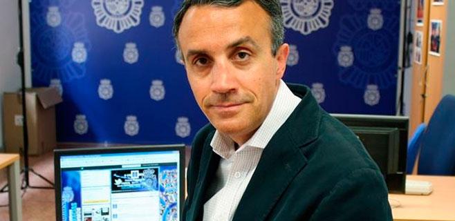 Iberdrola ficha al community manager de la Policía