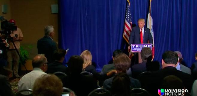 Trump expulsa a un periodista hispano de una rueda de prensa