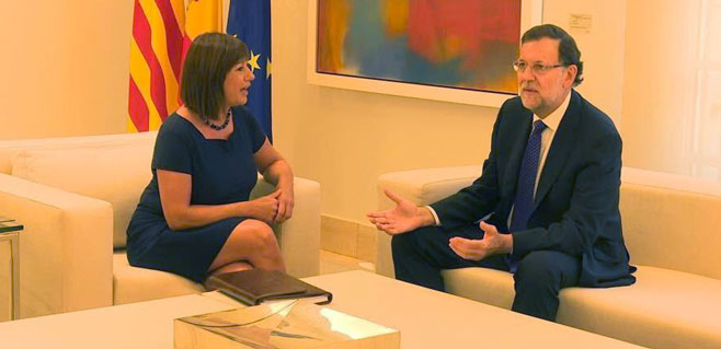 Armengol se ofrece como mediadora entre Mariano Rajoy y Artur Mas