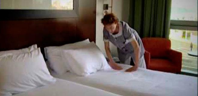 UGT apoya a Treball en la protección de la salud de las camareras de pisos