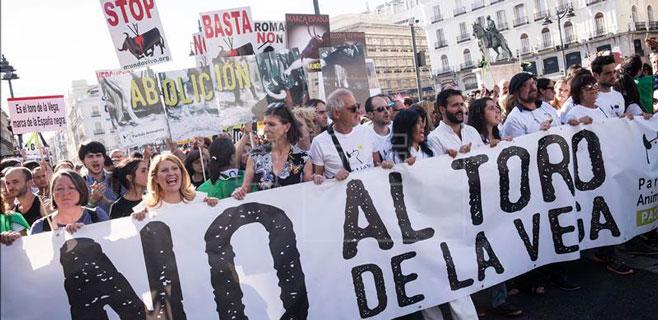 Enfrentamientos entre partidarios del Toro de la Vega y periodistas