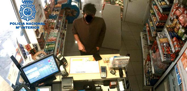 Detenido un atracador tras un golpe en una gasolinera de Son Ferriol
