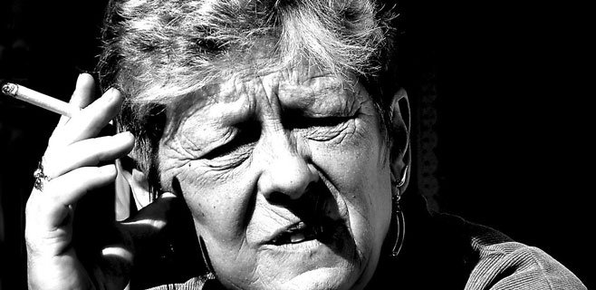Abuela fumadora, nietos con asma