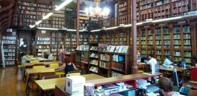 El PI reclama bibliotecas de guardia