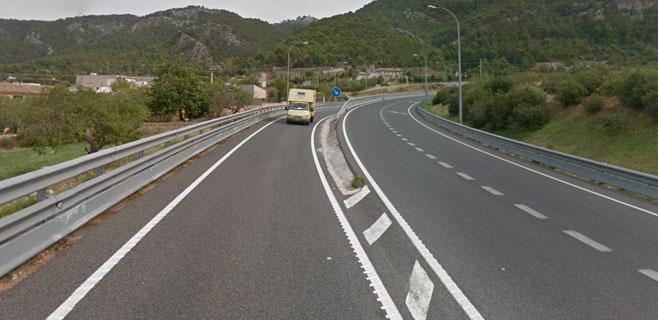 Fallece un joven motorista de 25 años en la carretera de Andratx al Port