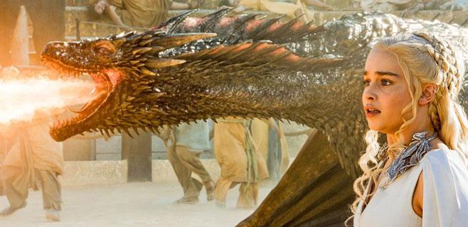 """Juego de tronos sólo es """"tetas y dragones"""" para Bernard Cornwell"""