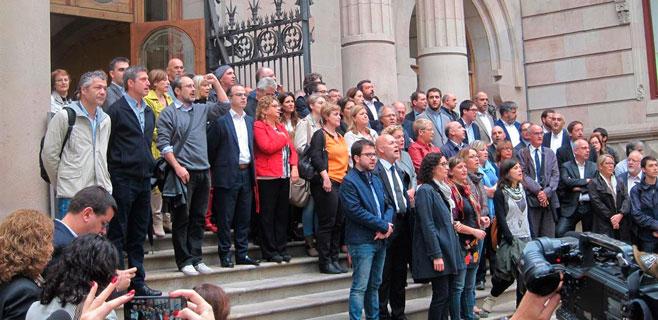 Govern, partidos y cientos de personas arropan a Rigau
