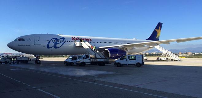 El interislas de Air Europa resiste en Eivissa pero cae en picado en Menorca