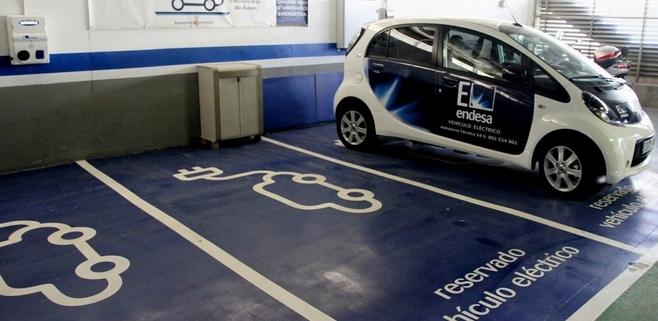 parkingo coche eléctrico endesa