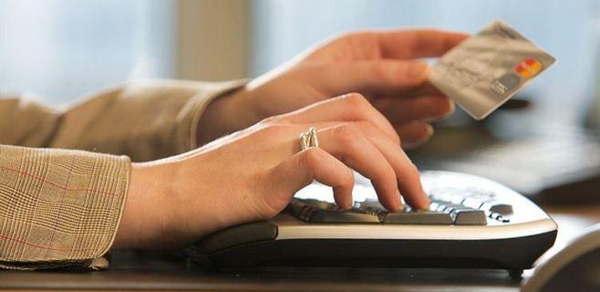 tarjeta y teclado