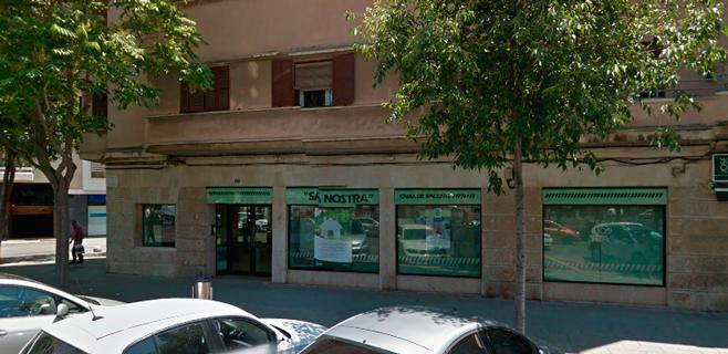 Atraco a mano armada en una oficina bancaria del passeig for Sa nostra oficinas palma