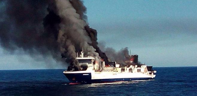 ferry-incendio