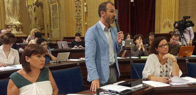 biel-barcelo-al-parlament